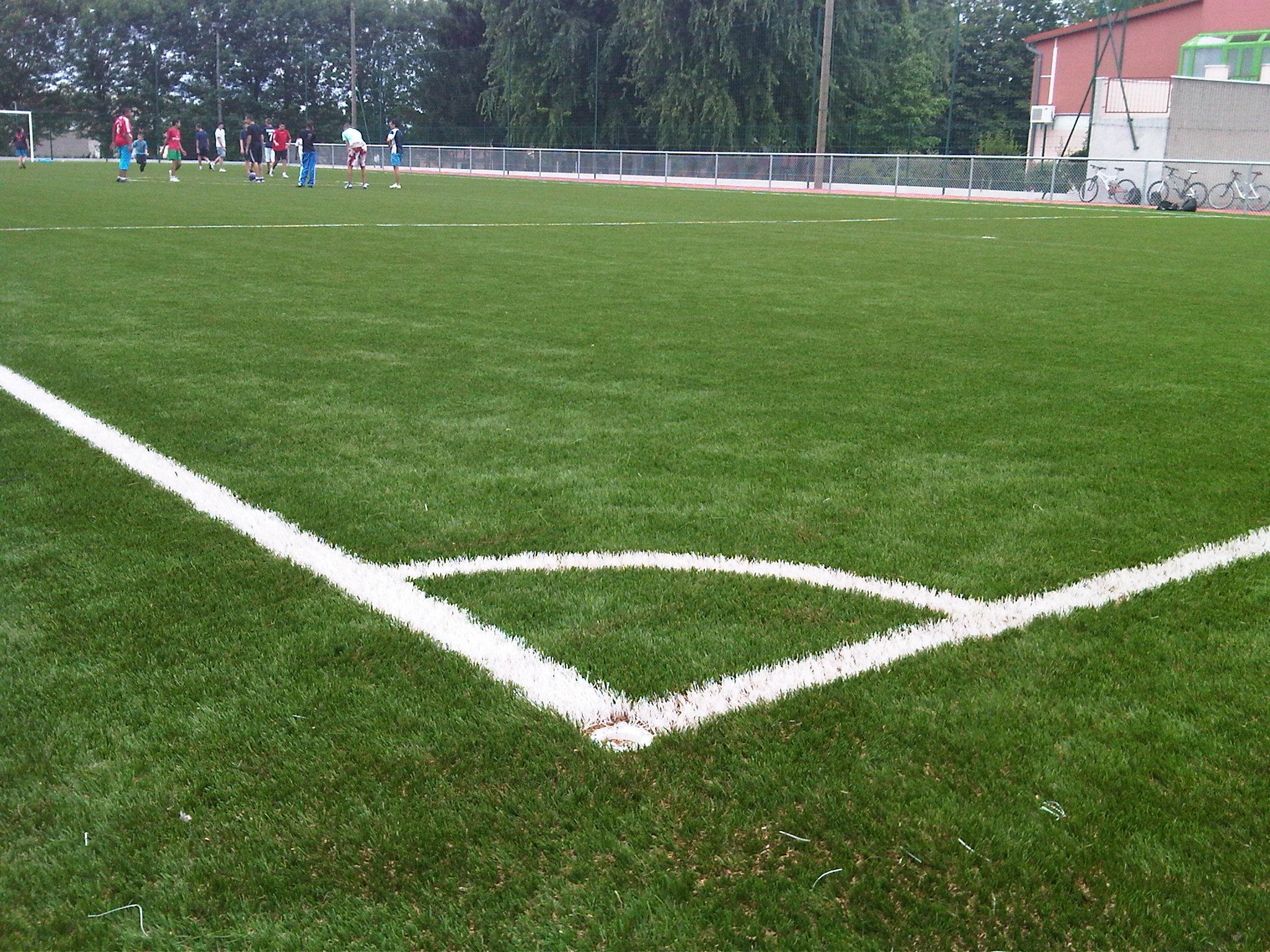 Campi da calcio in erba sintetica