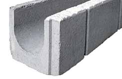 Canaletta in cemento a spallette asimmetriche per il drenaggio