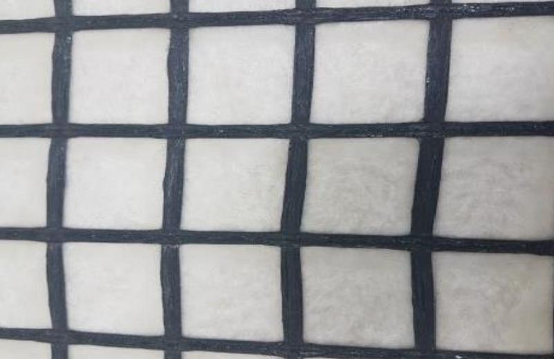 Geogriglia biassiale tessuta, accoppiata a tnt in PP, per stabilizzazione
